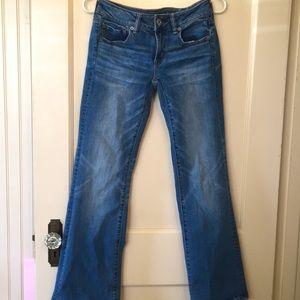✨3/$20 EUC AE Favourite Boyfriend Jeans